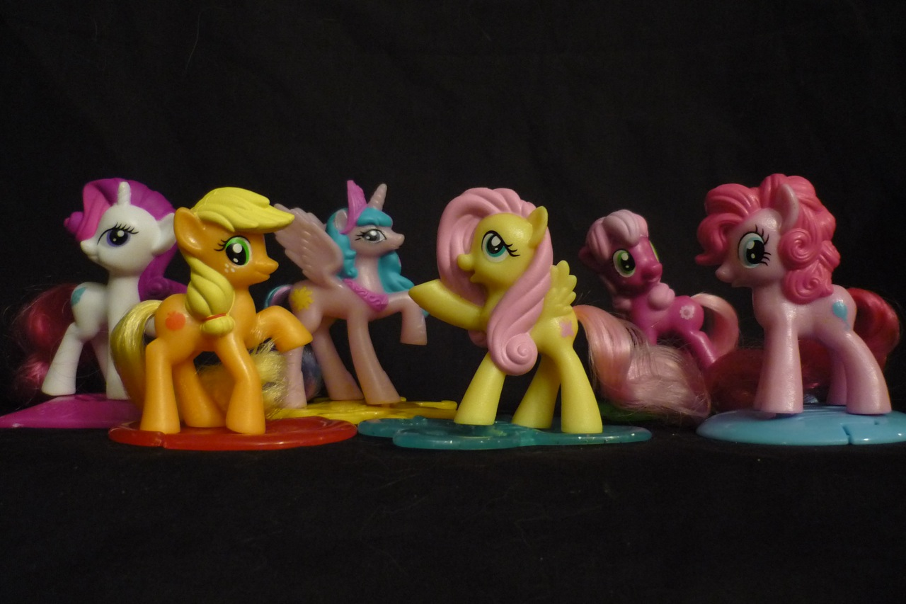 my_little_pony_friendship_is_magic_mcdonalds_happy_meal_toys