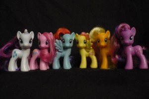My Little Pony: Friendship is Magic Toys: Rarity, Pinkie Pie, Rainbow Dash, Fluttershy, Applejack, Twilight Sparkle