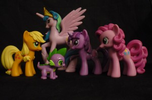 My Little Pony: Friendship is Magic: 5 Pony Gift Set.  Apple Jack, Spike, Princess Celestia, Twilight Sparkle, Pinkie Pie