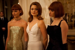 """In Time"" - Mother Clara, Wife Michelle and Daughter Sylvia played by Sasha Pivovarova, Bella Heathcote and Amanda Seyfried"