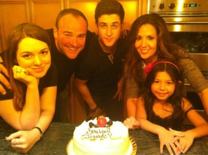 Wizards of Waverly Place Finale Jennifer Stone. David DeLuise, David Henrie and Maria Canals-Barrera enjoy a cake as they watch the finale