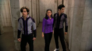 Wizards of Waverly Place - Who Will Be the Family Wizard? - Wizard Competition Round 3 - Max, Alex and Justin navigate a maze