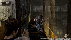 PlayStation Vita - Uncharted: Golden Abyss - Shooting a fool