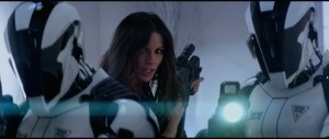Total Recall - Kate Beckinsale as Lori being bad ass