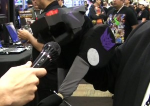 Ravage The Insult Comic Bot at Botcon 2012