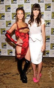 Kaitlyn Leeb, the woman with 3 boobs, with Jessica Biel, Melina from Total Recall at SDCC 2012