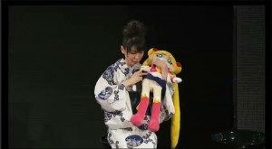 Sailor Moon 20th Anniversary live show - Kotono Mitsuishi, voice of Sailor Moon shows us Sailor Moon's panties