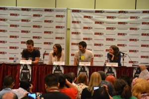 Arrow panel at Fan Expo - Stephen Amell, Katie Cassidy, Colin Donnell and Willa Holland