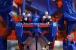 Transformers-Platinum-Edition-Toy-Fair-2013-012_1360441927