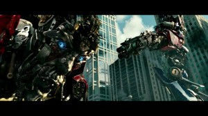Transformer Dark of the Moon - The disgraceful Optimus Prime executes Sentinel Prime
